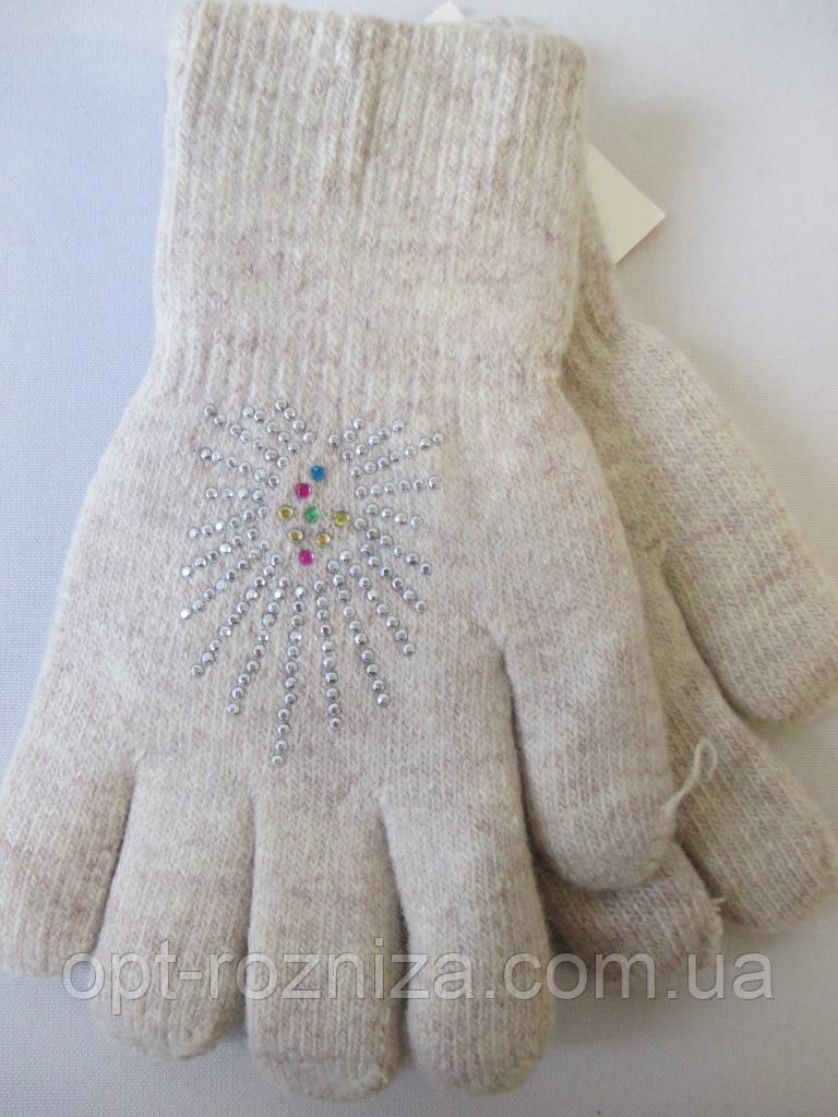 Утепленные перчатки на зиму.