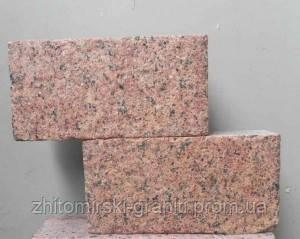 Бруківка з Жадківського граніту