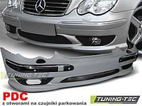 Передний бампер тюнинг обвес Mercedes W203 стиль AMG C32 с PDC