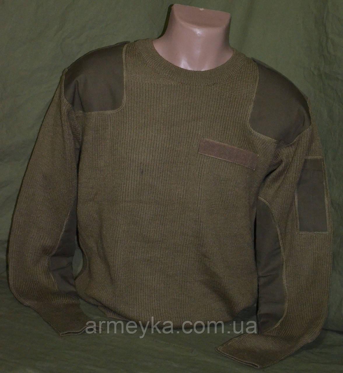 Шерстянной свитер с круглым воротом, олива. Италия, оригинал.