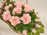 """Корзина персиковых роз из конфет киев вечерний""""Прелесть"""", фото 1"""