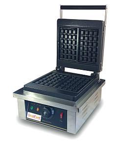 Вафельница GoodFood WB1S настольная электрическая бельгийськая квадратная серый