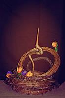 Декор из лозы, деревья, венки