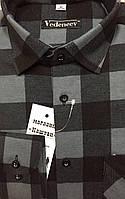 Серая фланелевая рубашка в клетку