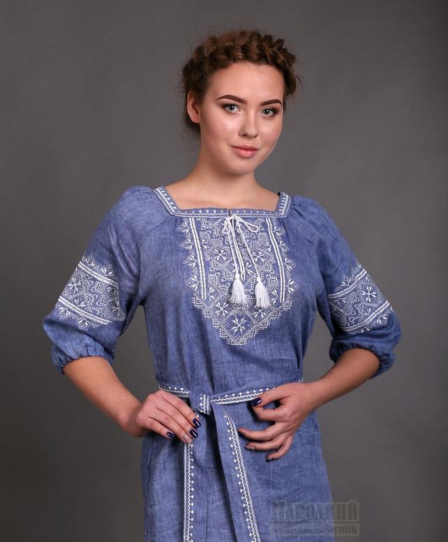 Плетье с вышивкой цвета джинс
