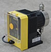 Мембранный электромагнитный дозирующий насос 1-15 л/час, 1-8 бар, фото 1