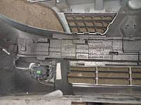 Наполнитель переднего бампера левый (Абсорбер)Renault Scenic II2003-20098200139953