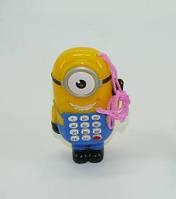 Интерактивная , музыкальная  игрушка  - телефон  Миньон  на  батарейках
