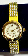 """Женские наручные часы-браслет на ремешке со стразами """"Килдимо"""""""