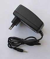 Зарядное(адаптер)для планшета 5V, 2A (2.5*0.7mm)