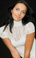 Блуза с гипюровой вставкой
