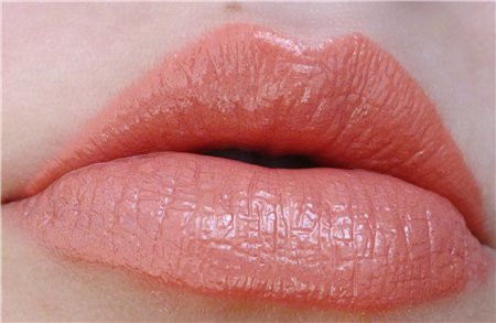 Блеск для губ NYX Intense butter gloss цвет Apple dumpling