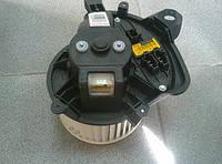 Мотор вентилятора отопителя (печки) в сборе с резистором, корпусом и с крыльчаткой DENSO 1845152 1845144 18451