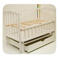 """Детская кроватка для новорожденных """"Малятко"""" с маятниковым механизмом и ящиком ТМ Колисковий світ Белый"""