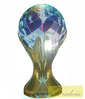Светодиодный диско-шар в руках