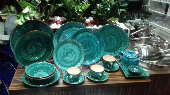 Керамическая посуда цветная