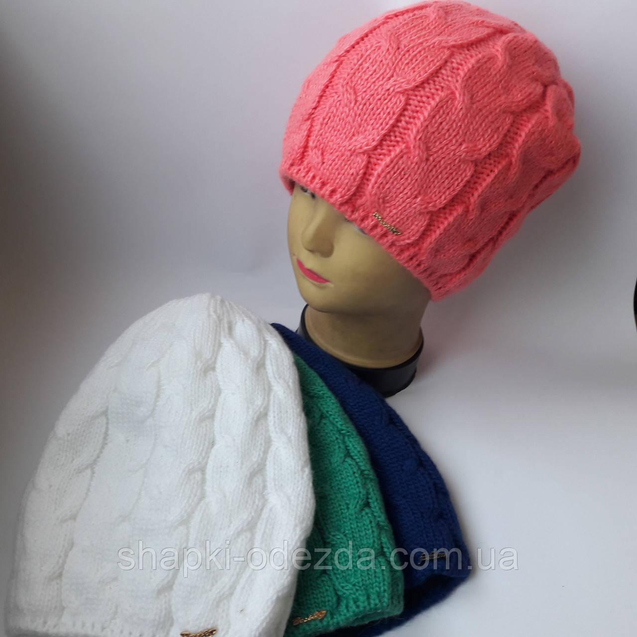 Молодежная вязаная шапка для девочки