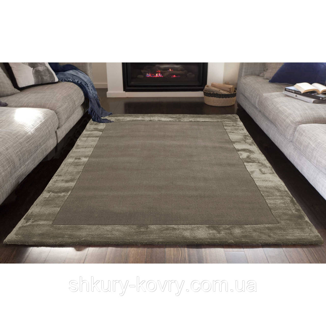 Комбинированые ковры из шерсти и вискозы бежевые
