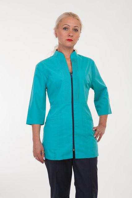 Женский медицинский костюм голубого цвета
