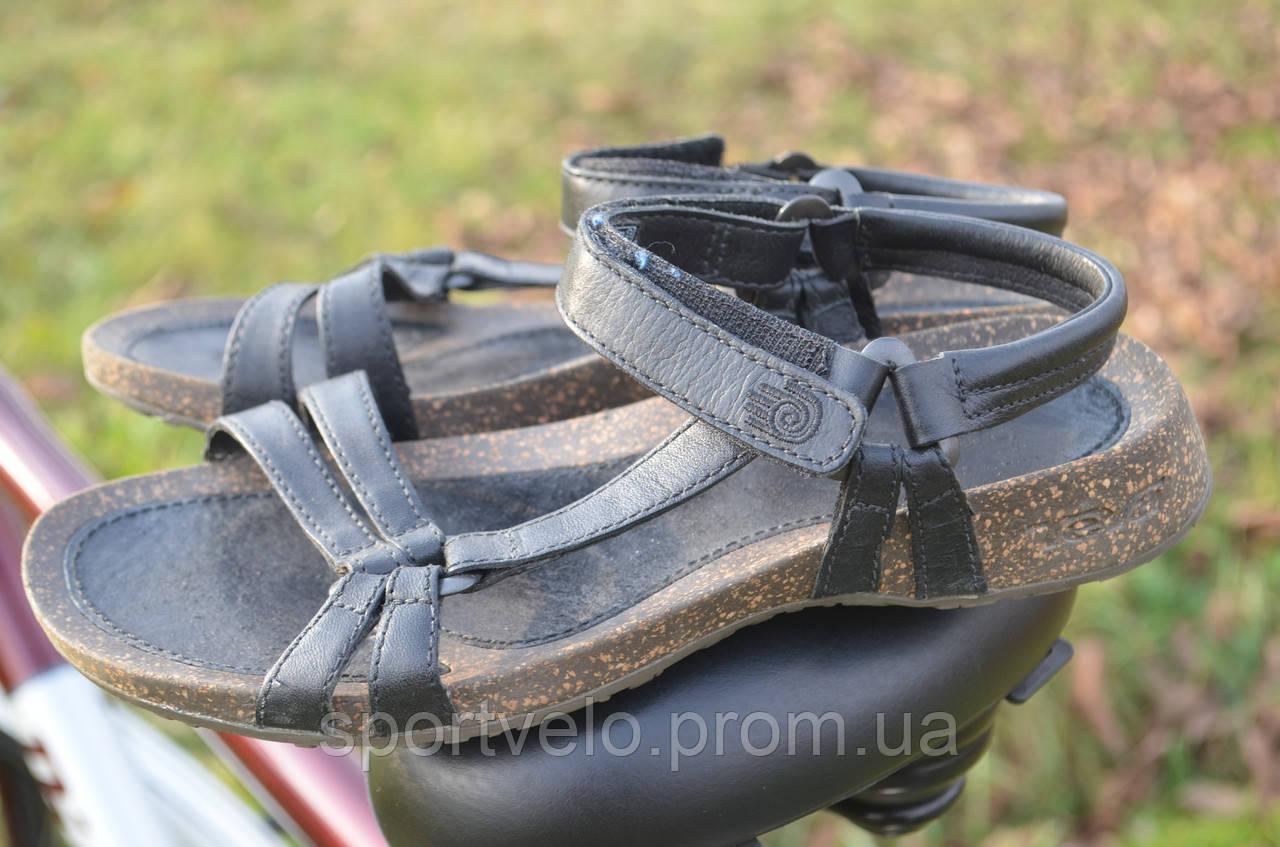 Шкіряні коркові сандалі Teva Ventra з Німеччини / 38 розм/ 24 см стелька