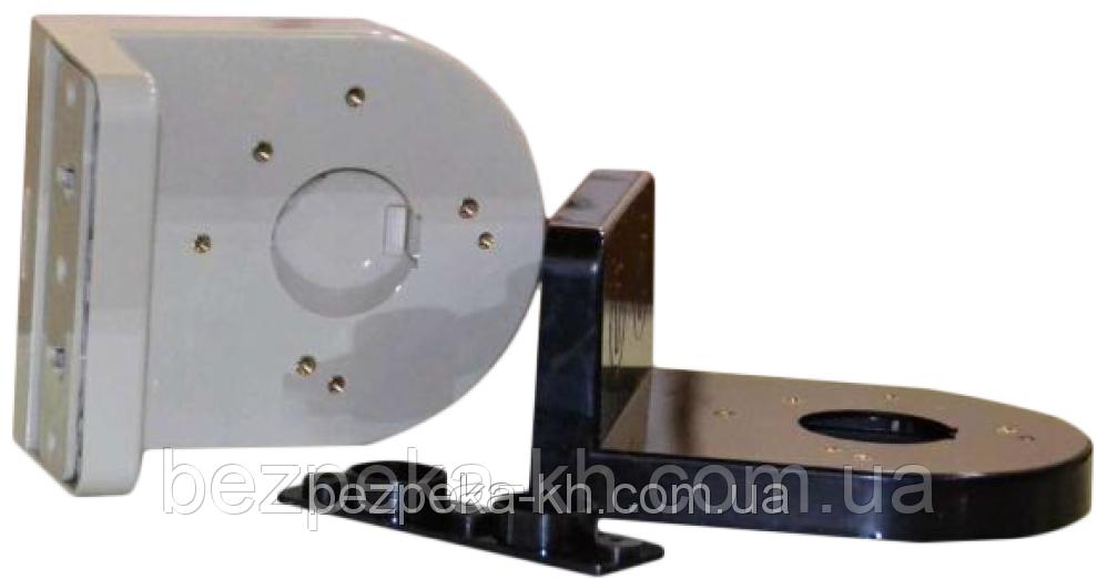 Угловой настенный кронштейн для купольных камер