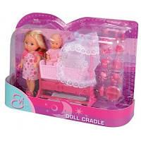 Детский кукольный набор Эви с малышом в кроватке Simba