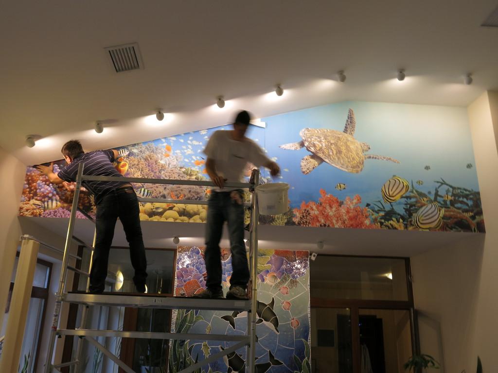 Оформление бассейна фреской
