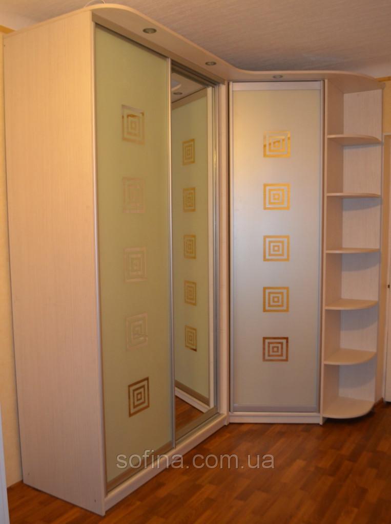 Дизайнерский угловой шкаф-купе