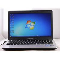 Компактный нетбук Samsung NP300U1A