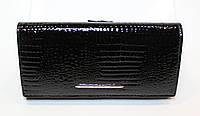Кошелек женский лаковый черный Kochi