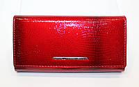 Кошелек женский лаковый красный Kochi