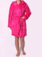 Стильный мягкий махровый халат на запахмалинового цвета