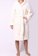 Махровый халат молочного цвета короткий