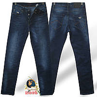 Брендовые мужские классические джинсы Armani стрейч синего цвета.