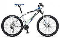 горный велосипед Giant Talon 3 26 2013 (XL, белый-черный-синий)