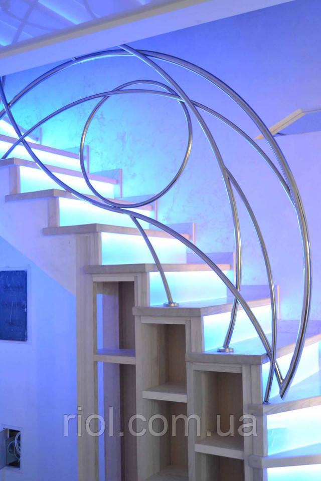 лестница деревянная с подсветкой