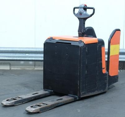 Электротележка BT LPE-240-M