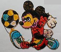 Вышивка клеевая Микки Маус.