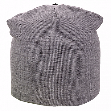 Светло серая вязанная шапка на заклепке на флисе