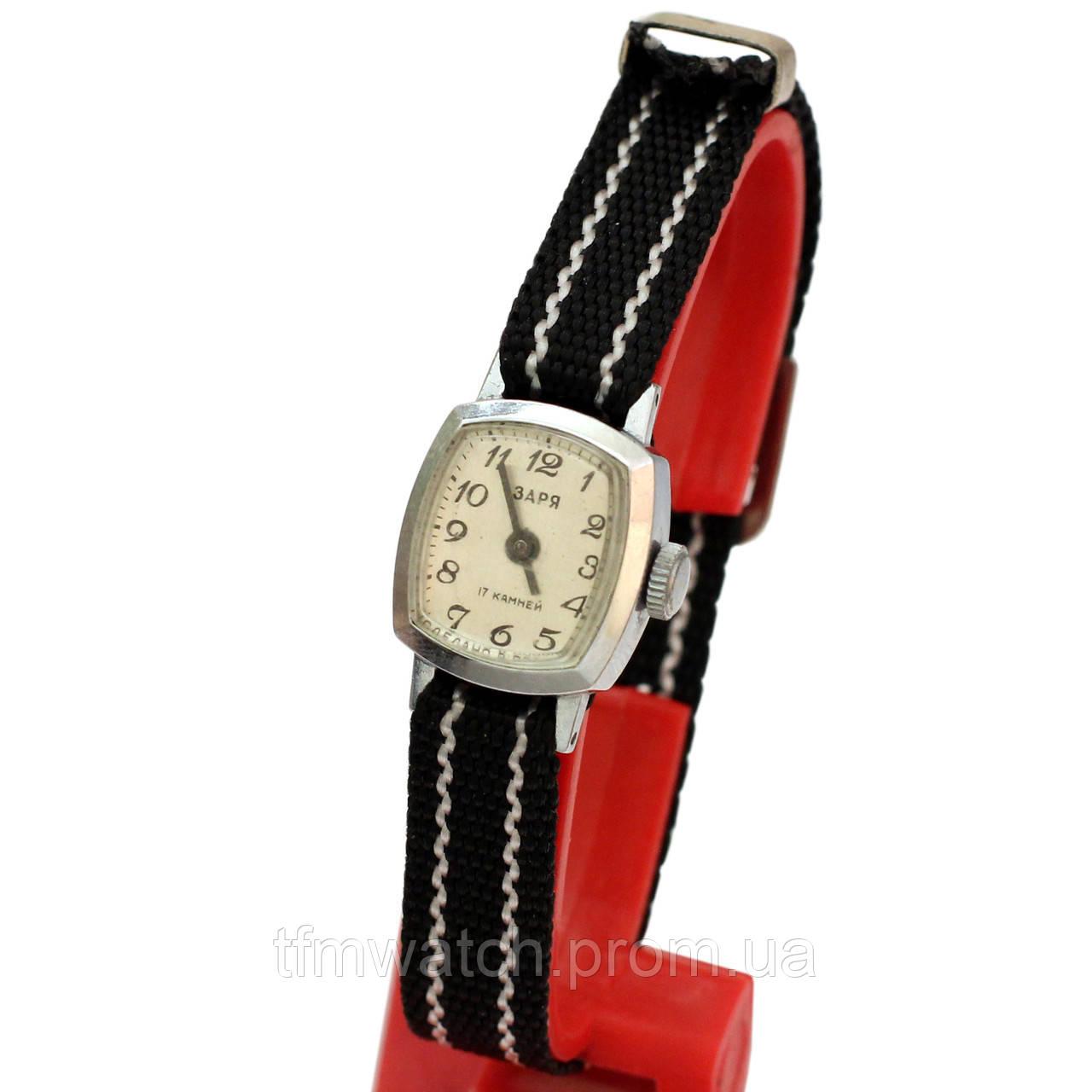 Женские часы Заря производства СССР