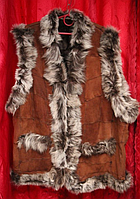 Женская тёплая натуральная жилетка из кожи и овечьей шерсти