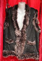 Жилетка женская тёплая из кожи и овечьей шерсти - коричневая опушка