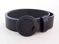 Женский кожаный ремень Versace с черной пряжкой