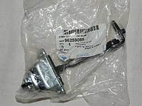 Ограничитель двери Ланос передний правый (GM) 96259088