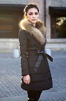 Куртка с мехом енота на двубортной застежке