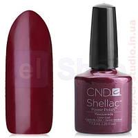 Shellac CND Masquerade (глубокий бордовый перламутр)
