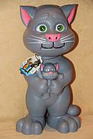 Музыкальная игрушка «Кот Том» рассказывает сказки и поет песни