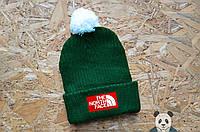 Яркая молодежная шапка The North Face Beanie зеленая с бубоном