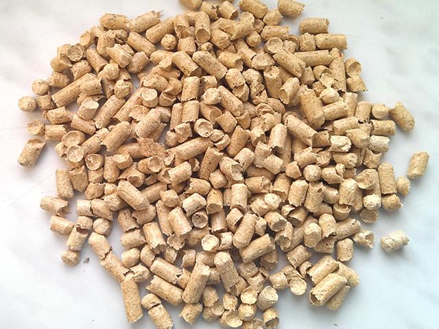 Пеллета (гранула) из сосны Din+, фасовка 15 кг, 6 мм.