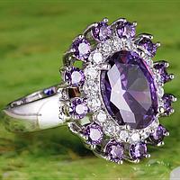 Кольцо серебряное с аметистом и белым сапфиром 925 пр 18р, фото 1